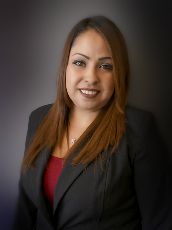 Luz Zapata - Kamran Staffing corporate photo - editing by Rodezno Studios